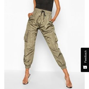 Olive shell joggers